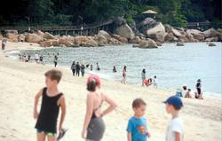 Police limit visitors to Teluk Cempedak