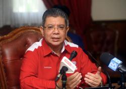 Saifuddin says sorry over Finas licensing issue