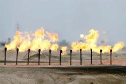 Oil prices back on the rise on US stimulus hopes, Iraq output cut