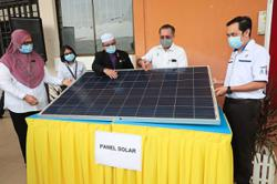Taking the lead in tapping solar power