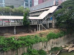 Communities stake claim to waterways