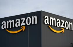 Opinion: Amazon finally finds a good fit at the mall