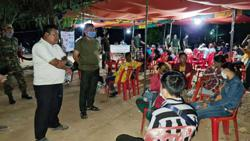 Cambodia: Govt stop hundreds from crossing Thailand border