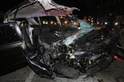 Seven feared dead in crash with lorry