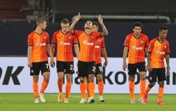 Four-goal Shakhtar set up Europa semi against Inter