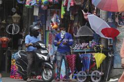 Indian villagers tire of coronavirus rules
