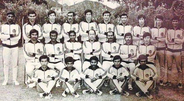 Namat (seated, second from right) with the 1972 Olympics squad.