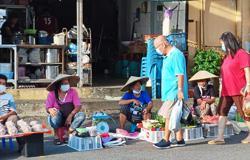 Plans to make market a daily affair