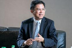 Thailand's new economic team takes charge