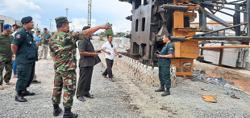 Crane collapse kills five in border town
