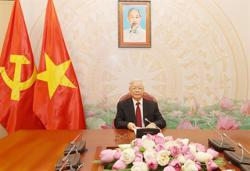 Vietnamese, Lao top leaders agree to strengthen ties while holding phone talks