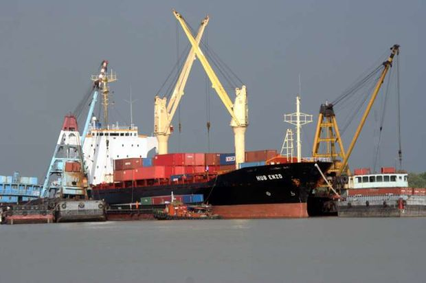 Hubline has been in the dry bulk shipping business since 2007 and provides barge logistics services of between 8,000 tonnes and 11,000 tonnes of dry bulk cargo per shipment.