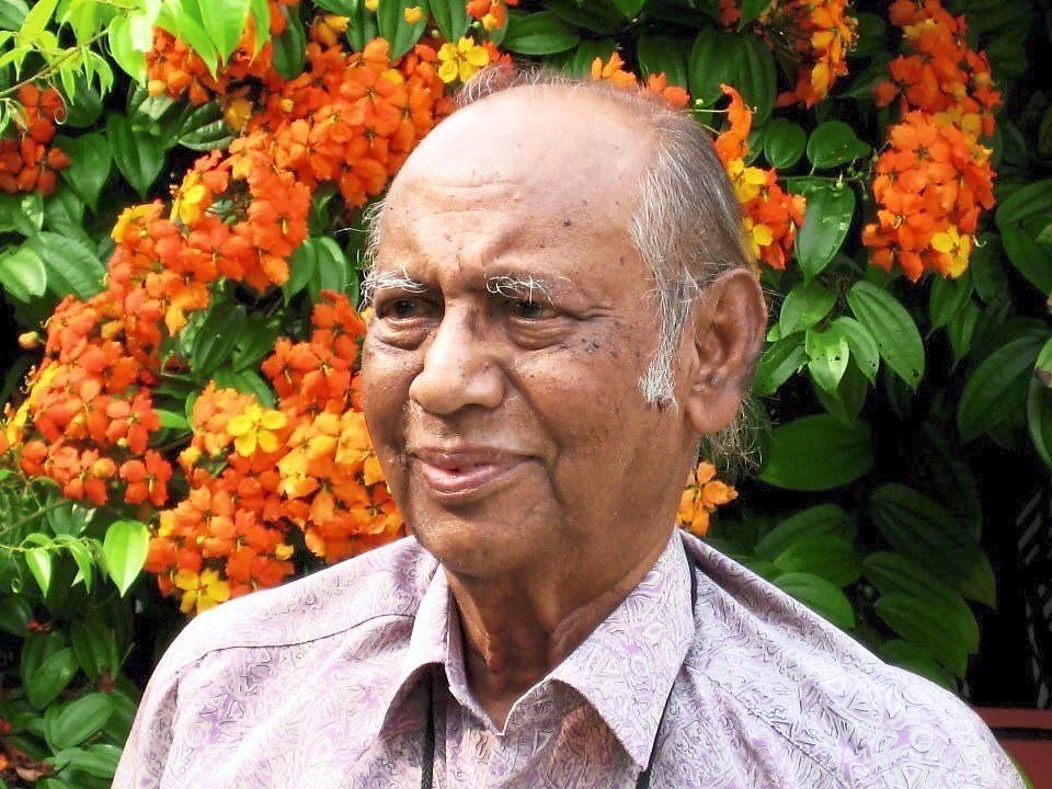 Dr M. Nadchatram