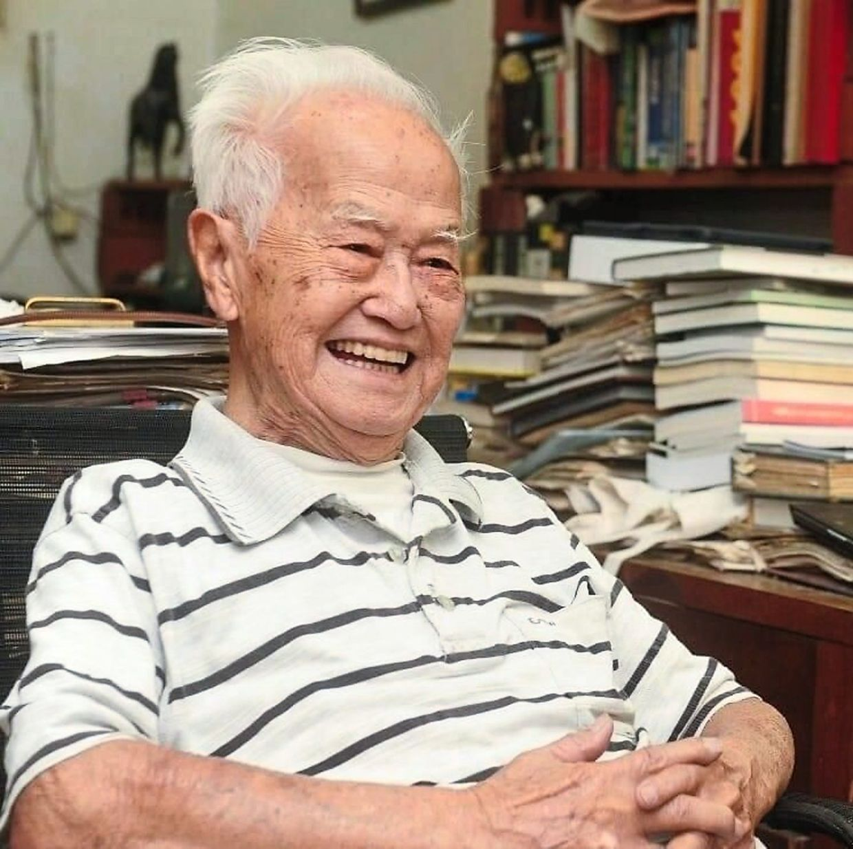 Dr Lim Boo Liat