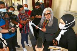 Court acquits Siti Kasim