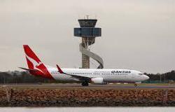 Qantas international head to depart