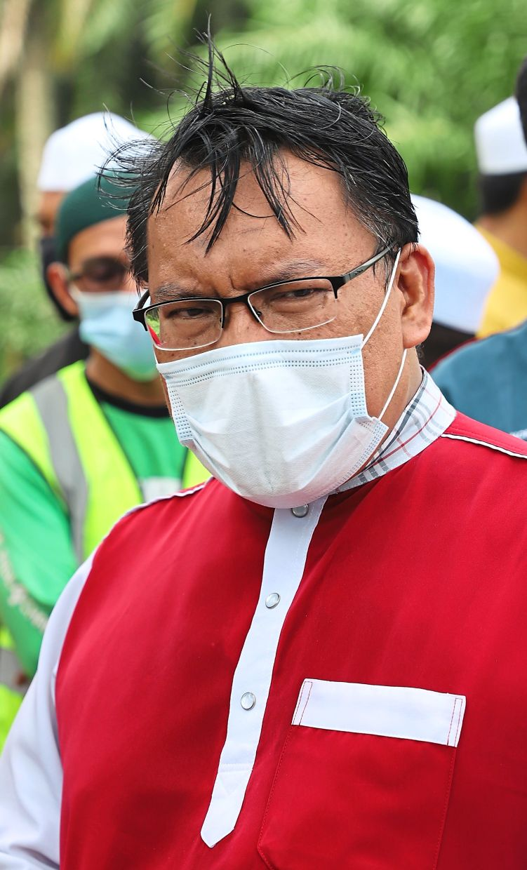 Dr Mohd Zuhdi says the ministry is looking into an increase in fines for those responsible for pollution.
