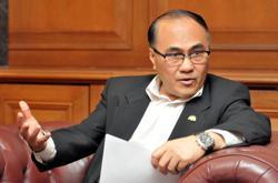 Johor exco member Dr Chong Fat Full joins Bersatu