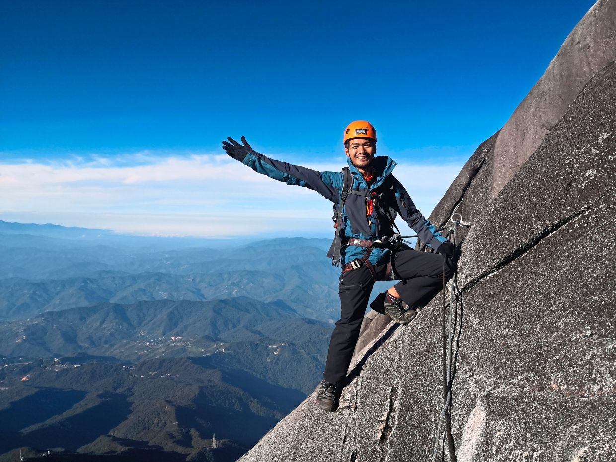 Pojie conquering Mount Kinabalu: 'I owe it to my readers to write what's true.'