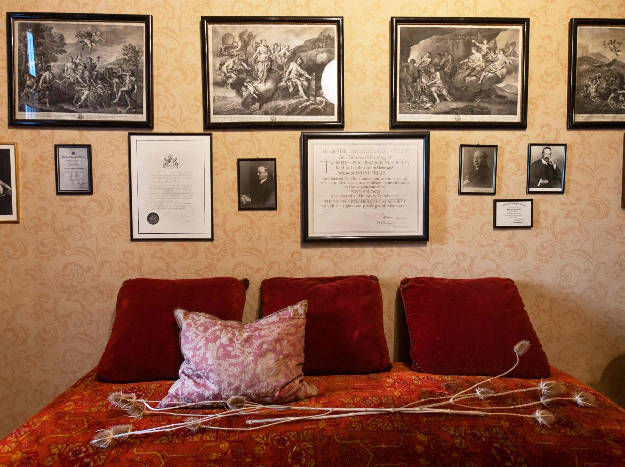 The waiting room in the ordination of the psychologist Sigmund Freud in Vienna. Photo: AFP