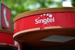 Singtel launches 5G trial services in Singapore