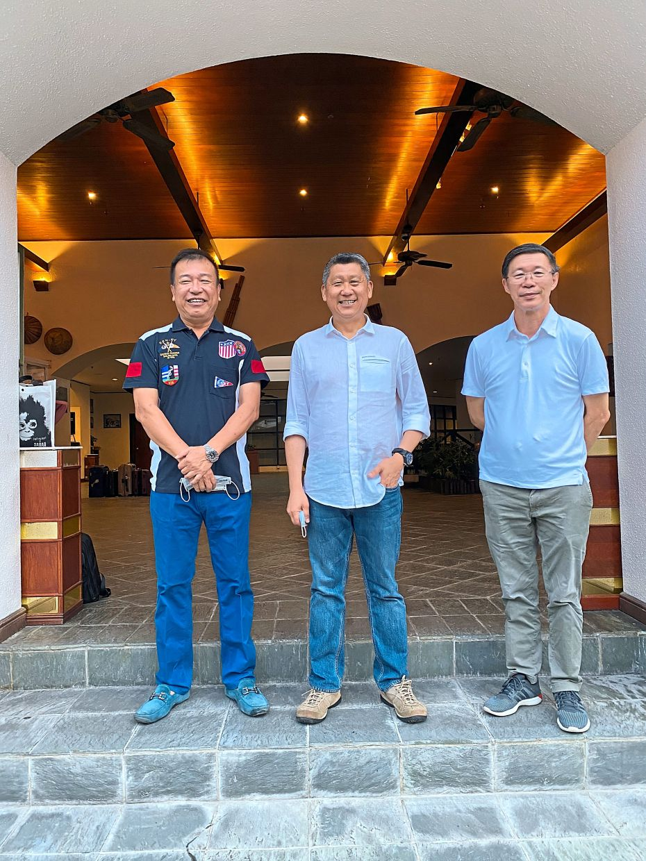 Our tour group to Sabah was the first to arrive since the pandemic, said chairman of the Sabah Tourism Board Mr. Ken Pan(left) and Matta president Datuk Tan Kok Liang (right) when welcoming us in Sandakan.