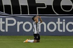 Atletico Mineiro overrun high-flying Sao Paulo in 3-0 victory