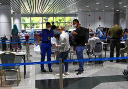 M'sian passengers arriving from UK stranded at KLIA amidst confusion on new ruling on foreign arrivals