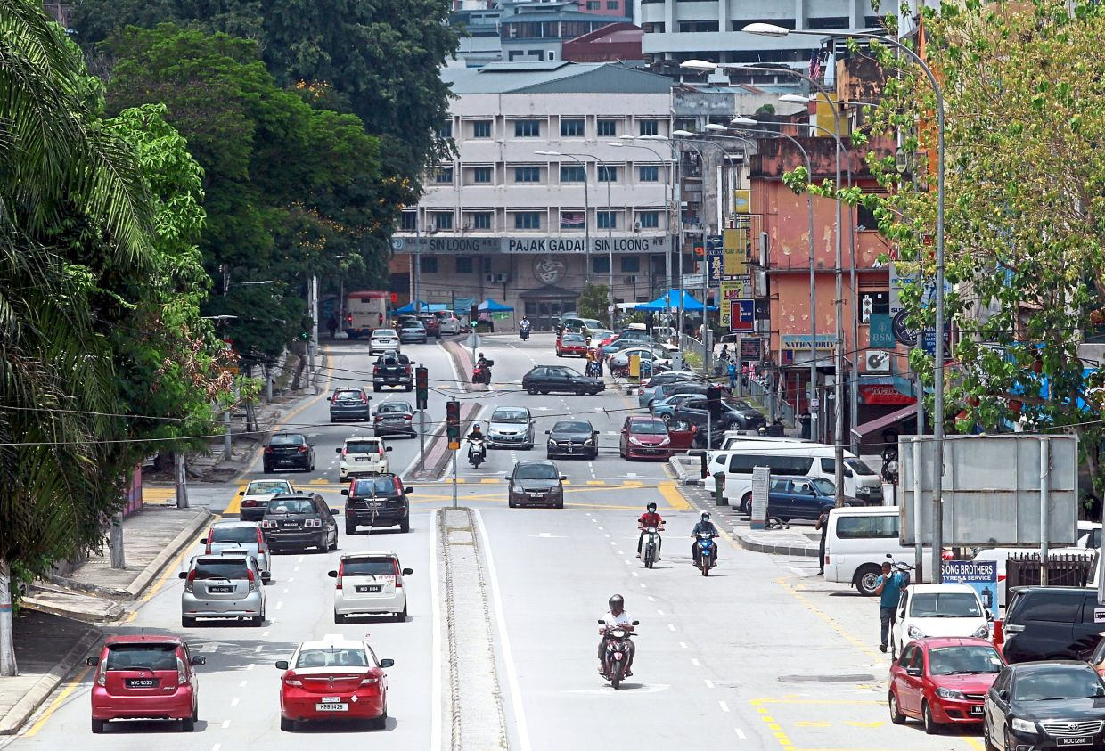 Sentul residents  fear that the increased  population  in the area will lead to congestion at three main roads.