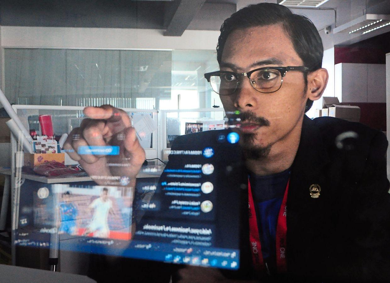 Former English teacher Nor Khairul is now a digital marketing executive.