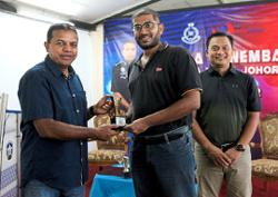 Targeting closer ties between Johor media and police