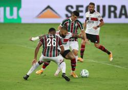 Flamengo beat Fluminense to secure fourth straight win