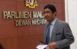 Zahidi apologises to Dewan Negara over remarks made on Veveonah