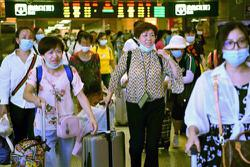 China: Tourists help Wuhan regain its normality