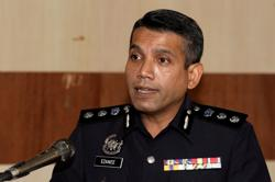 Police slap 282 patrons with compounds at PJ entertainment outlet