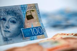 Hidden risks in Sweden's record in cashlessness