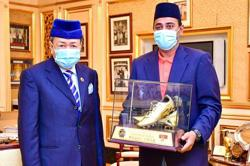 Selangor Sultan to buy Khalid Jamlus' Golden Boot