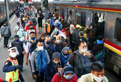 Indonesia: Jakarta imposes less strict restrictions as total cases go above 221,000