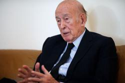 Former French President Giscard d'Estaing admitted to hospital - aide