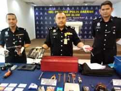 Cops nab three 'seasoned' vehicle thieves in Shah Alam