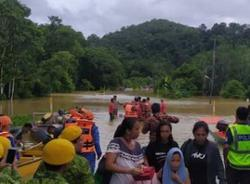 Thousands in rural Sarawak cut off due to collapsed roads and inundated bridges