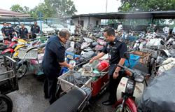 71 foreigners detained for flouting traffic laws