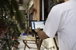 More people prefer to keep working from home, survey finds