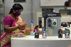 Apple to begin online sales in India ahead of holiday season