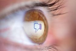 Facebook accused of watching Instagram users through cameras