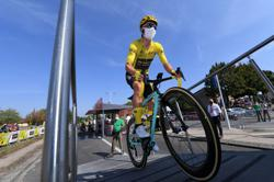 Roglic's bike damaged during official check, say team