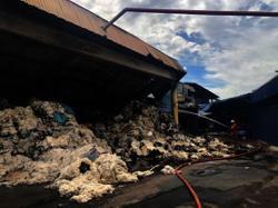 Textile factory at Mengkibol badly damaged in blaze