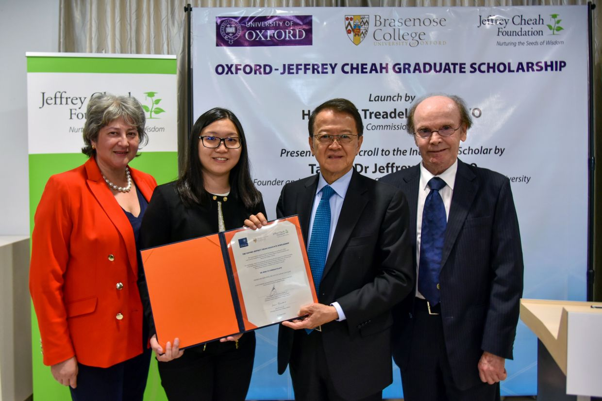 The first Oxford-Jeffrey Cheah Graduate Scholarship, established in Oxford in 2018, is occupied by a brilliant young biomedical scientist from Ipoh.