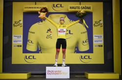 Pogacar poised for Tour glory after stunning Roglic