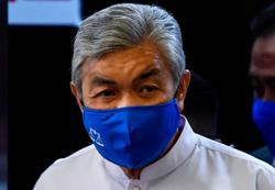 Zahid undergoes Covid-19 screening, trial postponed